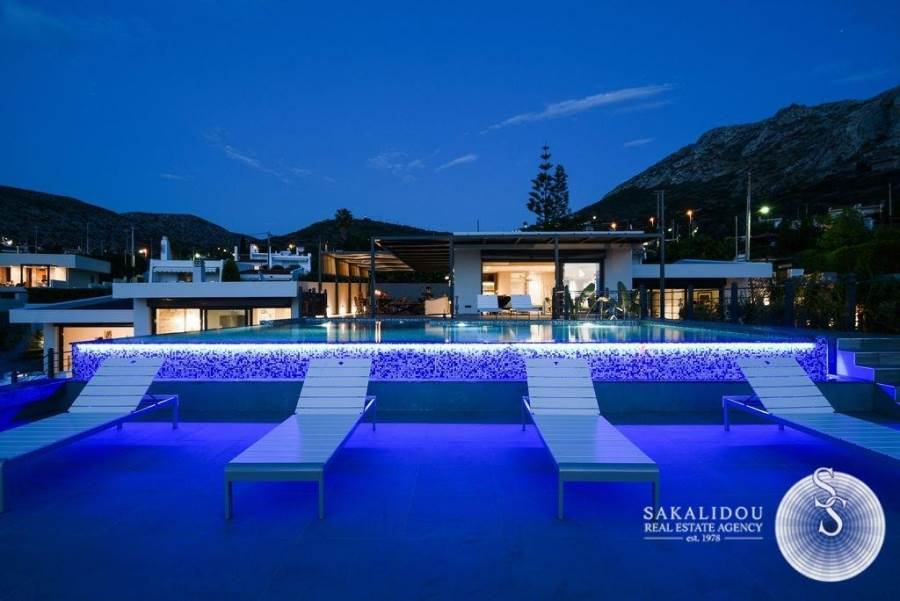 BEAUTIFUL VILLAS WITH A MAGNIFICENT VIEW